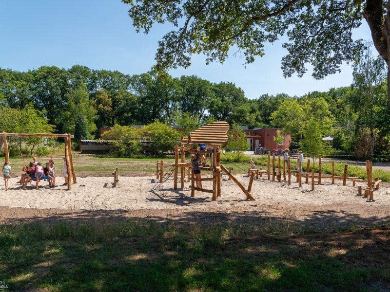 Nieuwe speelterreintjes in Noordbarge (deel I)